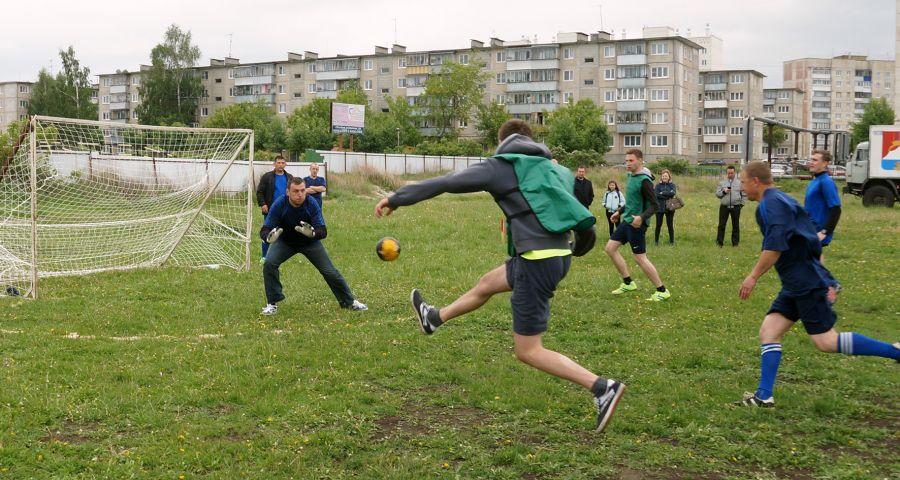 В Усть-Катаве прошёл мини-футбольный турнир среди полицейских