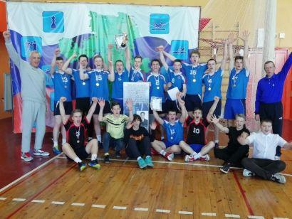 В Усть-Катаве прошёл турнир по волейболу памяти Е. Губайдуллина
