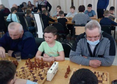 Шахматисты Усть-Катава померились силами в «космическом» турнире