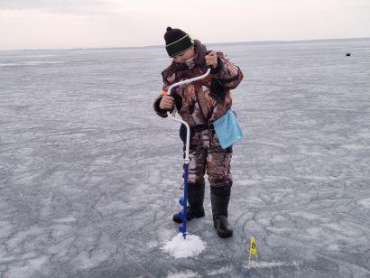 Юные рыболовы закрыли зимний сезон