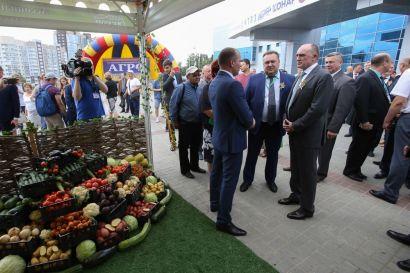 Борис Дубровский побывал на торжественном открытии областной агропромышленной выставки
