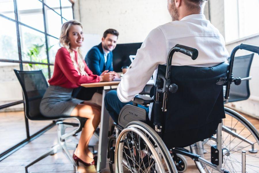 Инвалидам выделят 115 тысяч рублей на открытие собственного дела
