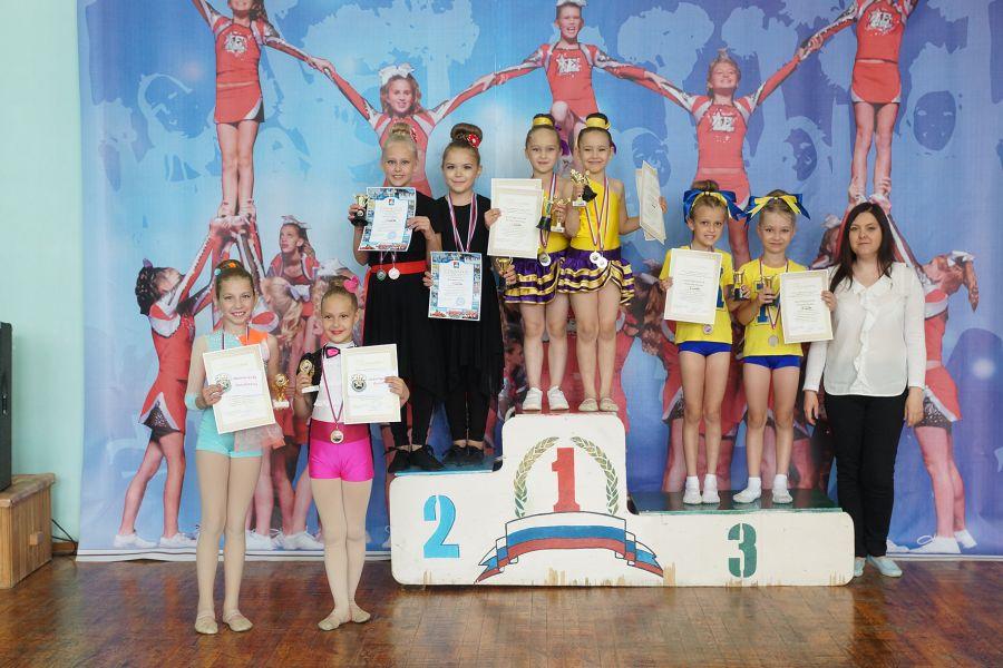 Черлидеры Челябинской области завершили сезон соревнованиями в Усть-Катаве