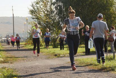В Усть-Катаве определили сильнейших в кроссе и перетягивании каната
